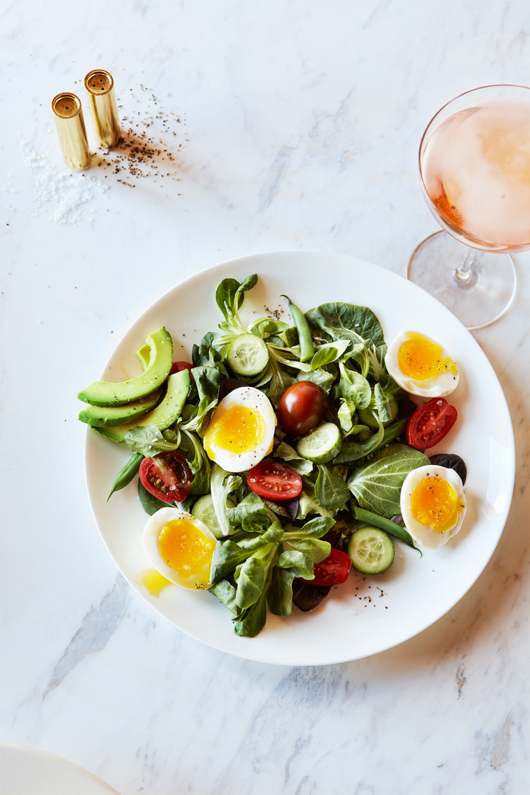 Marx-food-photography-salad-eggs-champagne